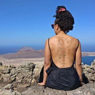Back tattoo by Carlo Amen #CarloAmen #backtattoo #linework #abstract #portrait #minimal
