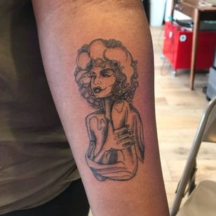 Portrait tattoo by fairweathertattoo #fairweathertattoo #portrait #ladyhead #selflove