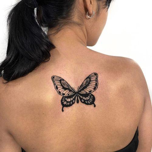 Butterfly tattoo by Hellen Zumbi #HellenZumbi #illustrative #linework #dotwork #nature #organic #braziltattoo