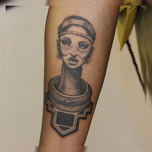 African woman tattoo by Maxim Gleizer #MaximGleizer #africanwoman #portrait #blackandgrey