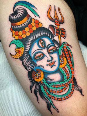 Beautiful Shiva tattoo by Swasthik Iyengar aka Gunga Ma #SwasthikIyengar #GungaMa #color #traditional #Hindu #sacredsymbols #sacrediconography #shiva #moon #trident #snake #ganges #thirdeye