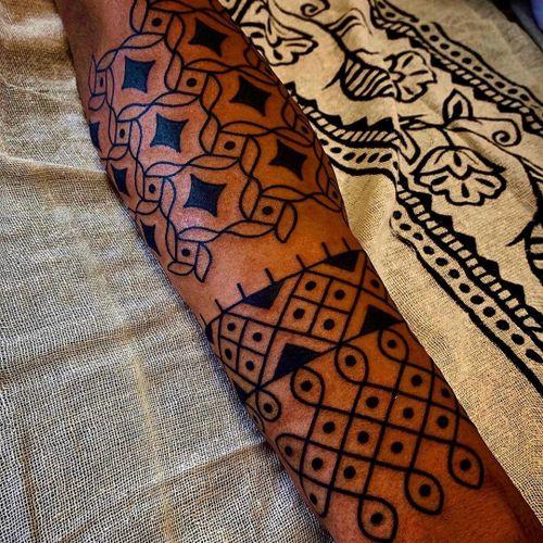 Pattern work tattoo by Swasthik Iyengar aka Gunga Ma #SwasthikIyengar  #GungaMa #color #traditional #Hindu #sacredsymbols #sacrediconography #pattern #dotwork #linework #blackwork