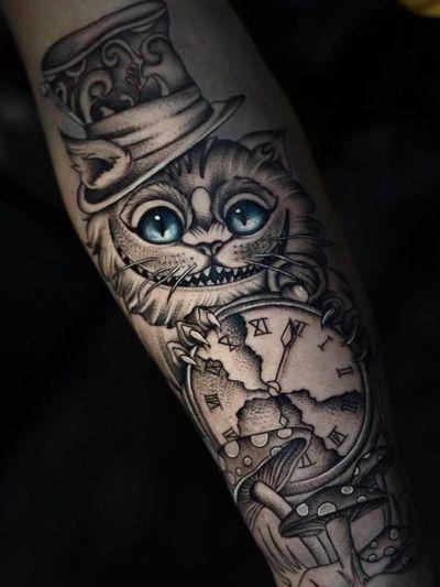 Alice in Wonderland tattoo by Javy Ortega #JavyOrtega #aliceinwonderland #cheshirecat #clock #mushroom #madhatterhat #illustrative