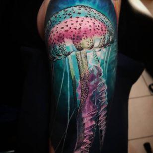 Jellyfish tattoo by radzian #radzian #jellyfish #ocean #oceanlife #animal