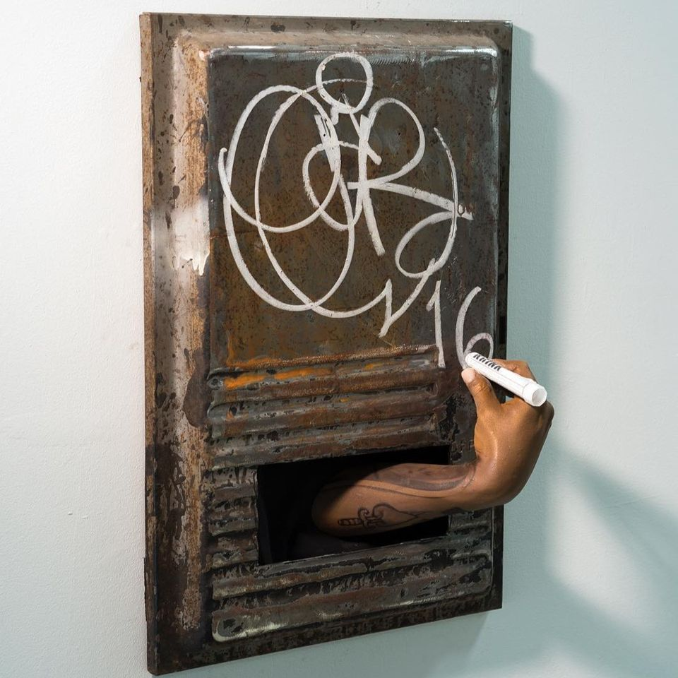 Hyperrealist sculpture collaboration by Sergio Garcia and Kunle F Martins Jr #SergioGarcia #KunleFMartinsJr #tattooart
