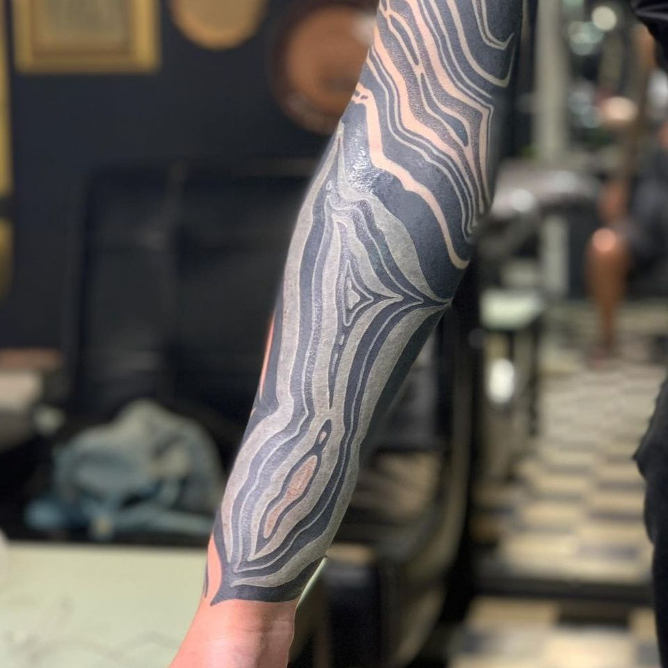 White Ink over Blackwork Tattoo by maxim.xiii #maximxiii #whiteinkoverblackwork #whiteinkonblacktattoo #whiteonblack #whiteink #blackwork #blackout