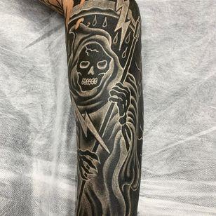White Ink over Blackwork Tattoo by matt lysiak aka telepathicspacewizard #mattlysiak #telepathicspacewizard #whiteinkoverblackwork #whiteinkonblacktattoo #whiteonblack #whiteink #blackwork #blackout