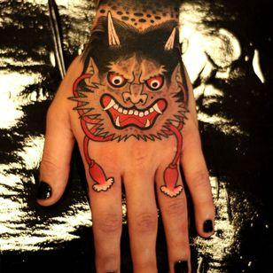 Tattoo by Marcelina Urbanska #MarcelinaUrbanska #graphic #color #darkart #surreal #oni #yokai #demon #hand #japanese