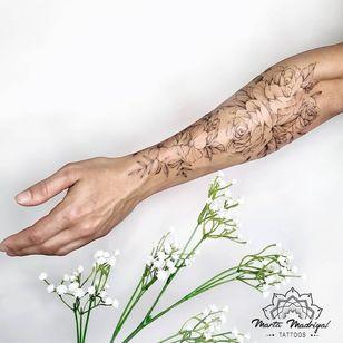 Tattoo by Marta Madrigal #MartaMadrigal #fineline #dotwork #illustrative #floral #flower #nature