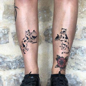 Illustrative tattoo by Mab Matiere Noire #MabMatiereNoire #illustrative #linework #japaneseinspired #nature #expressive #cats #bird #birdcage #blackwork