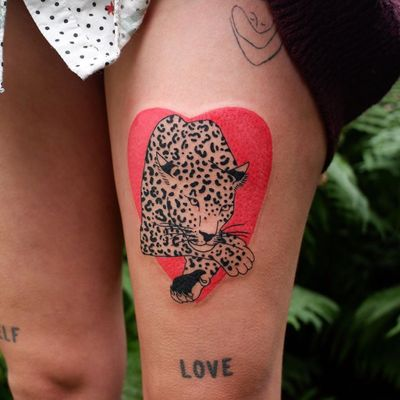 Illustrative tattoo by Mab Matiere Noire #MabMatiereNoire #illustrative #linework #japaneseinspired #nature #expressive #leopard #cat #heart