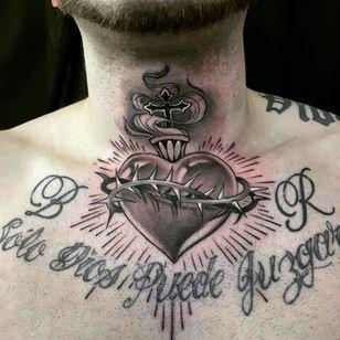 sacred heart tattoo by gwad pearl #gwadpearl #sacredheart #blackandgrey #thorns #cross