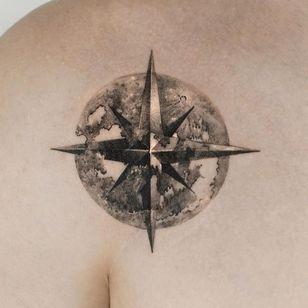 Painterly tattoo by Ati #Ati #tattooistati #koreanart #koreantattoo #koreantattooist #painterly #fineart #compass #sacredgeometry