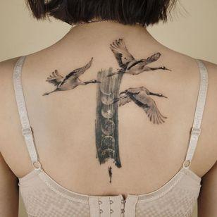 Painterly tattoo by Ati #Ati #tattooistati #koreanart #koreantattoo #koreantattooist #painterly #fineart #crane #bird #wings #moon #moonphases
