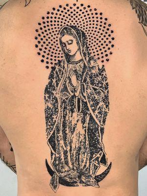 Virgin Mary tattoo by Kelly Rico #KellyRico #stenciltattoo #blackwork #virginmary #mary #catholic