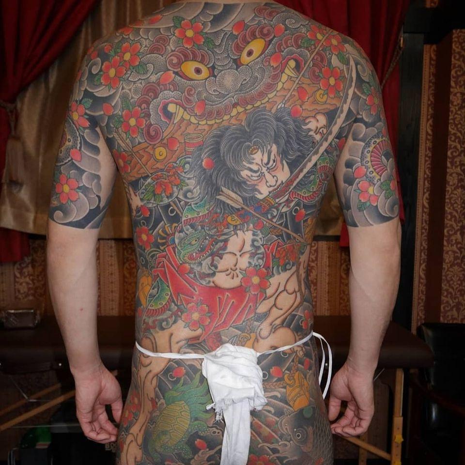 Foo dog tattoo by horiso tajima #horiso tajima #foodog #shishi #shi #guardianlion #Lion #mysticalcreature #deity