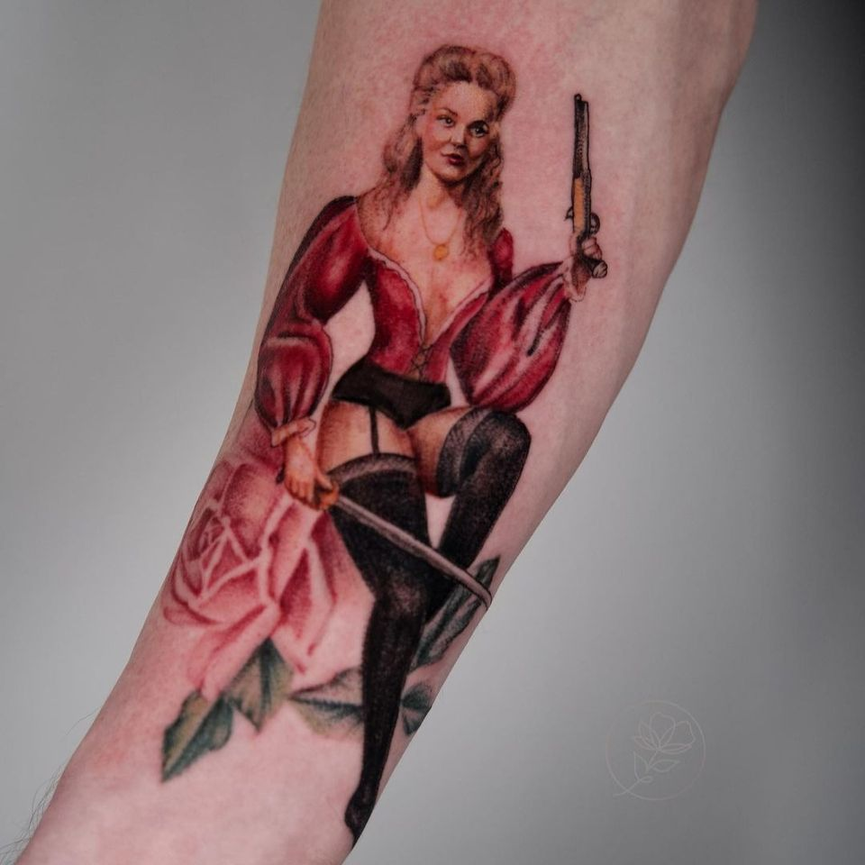20 Enticing Pin up Tattoos • Tattoodo