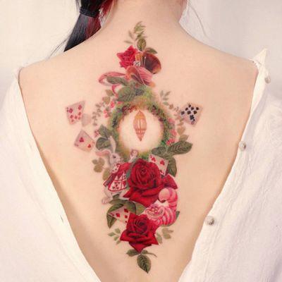 Alice in Wonderland tattoo by Peria Tattoo #Periatattoo #peria #Aliceinwonderland #alice #wonderland #cat #cheshirecat #roses #cards #playingcards #disneytattoo #disney #waltdisney