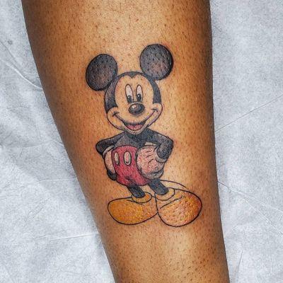 Mickey Mouse tattoo by komotaya #komotaya #mickeymouse #mickey #disneytattoo #disney #waltdisney