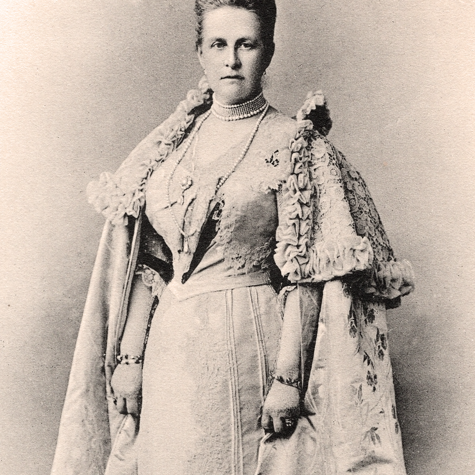 Queen Olga of Greece – Prince Philip's grandmother – who was rumoured to have several tattoos #royalswithtattoos #historyoftattooing #tattooedqueens