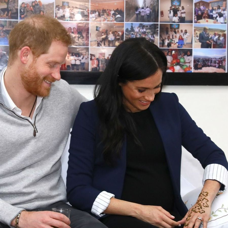 Harry and Meghan admiring her traditional henna tattoo in Morocco #tattooedroyals #hennatattoos #traditionaltattoos