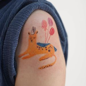 Oil pastel tattoo by Gong Greem #GongGreem #oilpastel #painterly #watercolor #color #plant #cat #kitty #leopard #balloons #crown