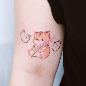 Hamster tattoo by Haenal tattoo #Haenaltattoo #hamster #crayontattoo #flower #floral #cute