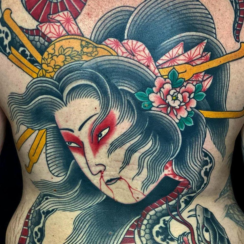 Geisha namakubi tattoo by Ivan Cassio #IvanCassio #namakubi #geisha #oiran #severedhead #flower #peony #backpiece #snake