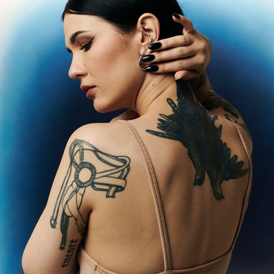 Simone Klimmeck for Skin Stories X Tattoodo #SimoneKlimmeck #SkinStories #tattoocollector #tattooculture #tattoocare