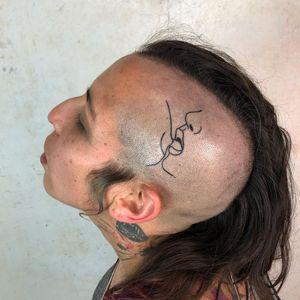 tattoo by g.orne #gorne #kiss #lips #linework #blackwork #nipslip #queertattoo #qttr #pridetattoo #lgbtqiatattoo #lgbtqtattoo