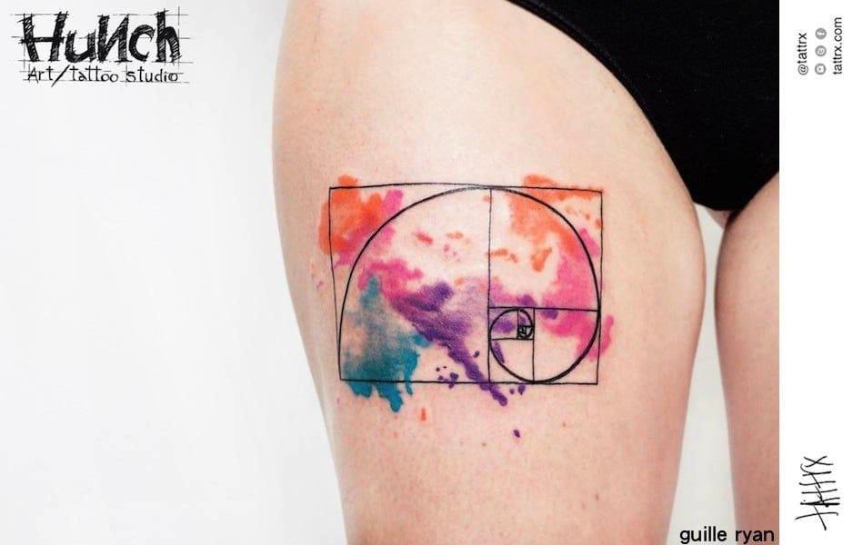 A watercolor Fibonacci spiral by Guille Ryan via Tattrx.