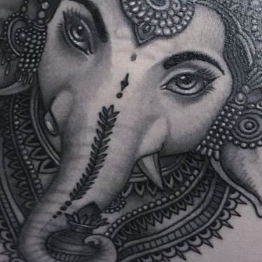 Flo Nuttall: the Queen of Black and Grey Ganesha Tattoos