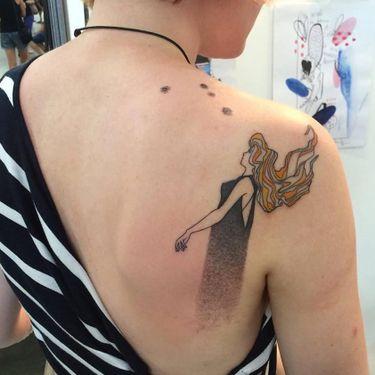 Minimalistic Illutrative Tattoos by Tania Vaiana