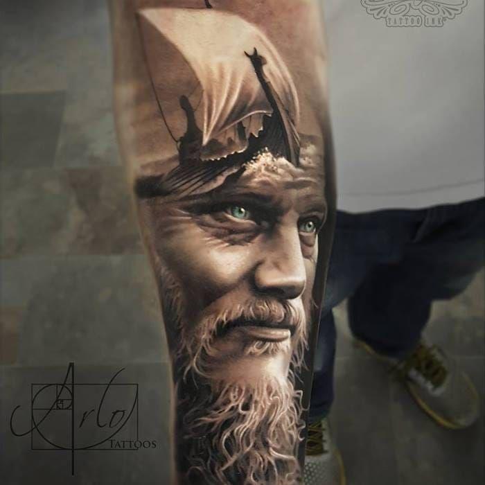 Ragnar tattoo by Arlo Di Christina #ArloDiChristina #ragnar #ragnarlothbrok #vikings #portrait