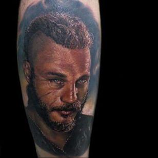 Ragnar tattoo by Cristian Rodriguez #CristianRodriguez #ragnar #ragnarlothbrok #vikings #portrait
