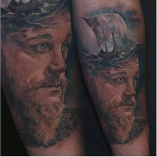 Ragnar tattoo by Daria Gorbatenko #DariaGorbatenko #ragnar #ragnarlothbrok #vikings #portrait