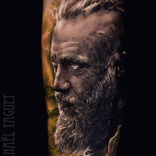 Ragnar tattoo by Michael Taguet #MichaelTaguet #ragnar #ragnarlothbrok #vikings #portrait