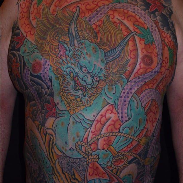 Henning Jorgensen (IG—henning_royaltattoo) is a master at depicting Shinto gods like Fujin. #creatures #Fujin #HenningJorgensen #Irezumi #symbolism #japanesetattoos #japanese #irezumi #japanesemythology #mythology