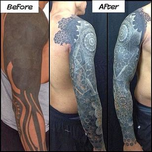A before and after picture showing the amount of work Nathan Mould put on a sleeve #whiteink #whiteinkoverblackwork #nathanmould
