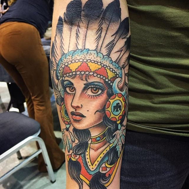 Native Girl by Adam Warmerdam (via IG-adamwarmerdam) #ladyhead #traditional #color #woman #nativeamerican #adamwarmerdam