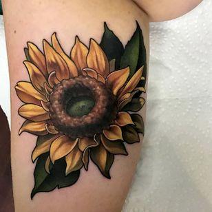 Sunflower, by Aaron Springs (via IG—aaron_springs) #neotraditional #colorwork #floral #flowers #AaronSprings