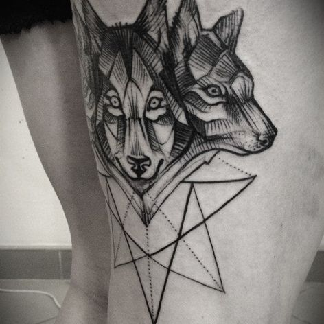 Linework of wolves, by Tabuns