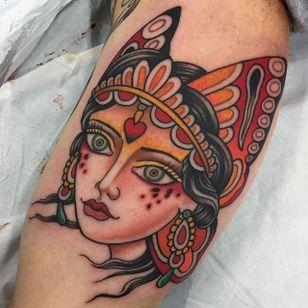 Traditional mystical lady head tattoo. (via IG - shauntopper) #traditional #oldschool #capturedtattoo #shauntopper