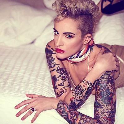Screw Your Beauty Standards: Elena Venetia Rocks the Modeling Industry
