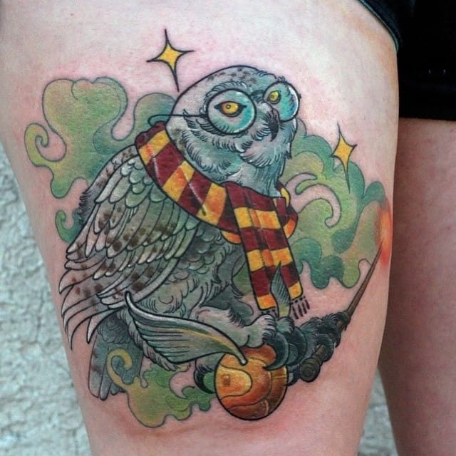 Awesome piece by Joshua Ross! Another idea for Harry Potter tattoos. #HarryPotter #JoshuaRoss #fantattoo #owl #tribute