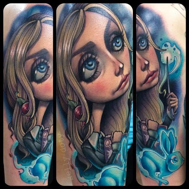 Cool new school tattoo by Kelly Doty of Luna Lovegood! #KellyDoty #HarryPotter #fantattoo #LunaLovegood