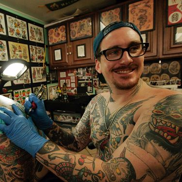 SESSIONS: Time-Tested Traditional Tattooing by Oahu's Keir McEwan