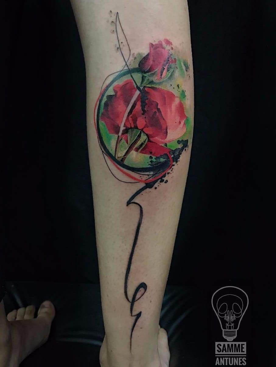 Tattoo por Samme Antunes! #SammeAntunes #tatuadoresbrasileiros #tatuadoresdobrasil #tattoobr #tattoodobr #rose #rosa #flor #flower #colorful #colorida