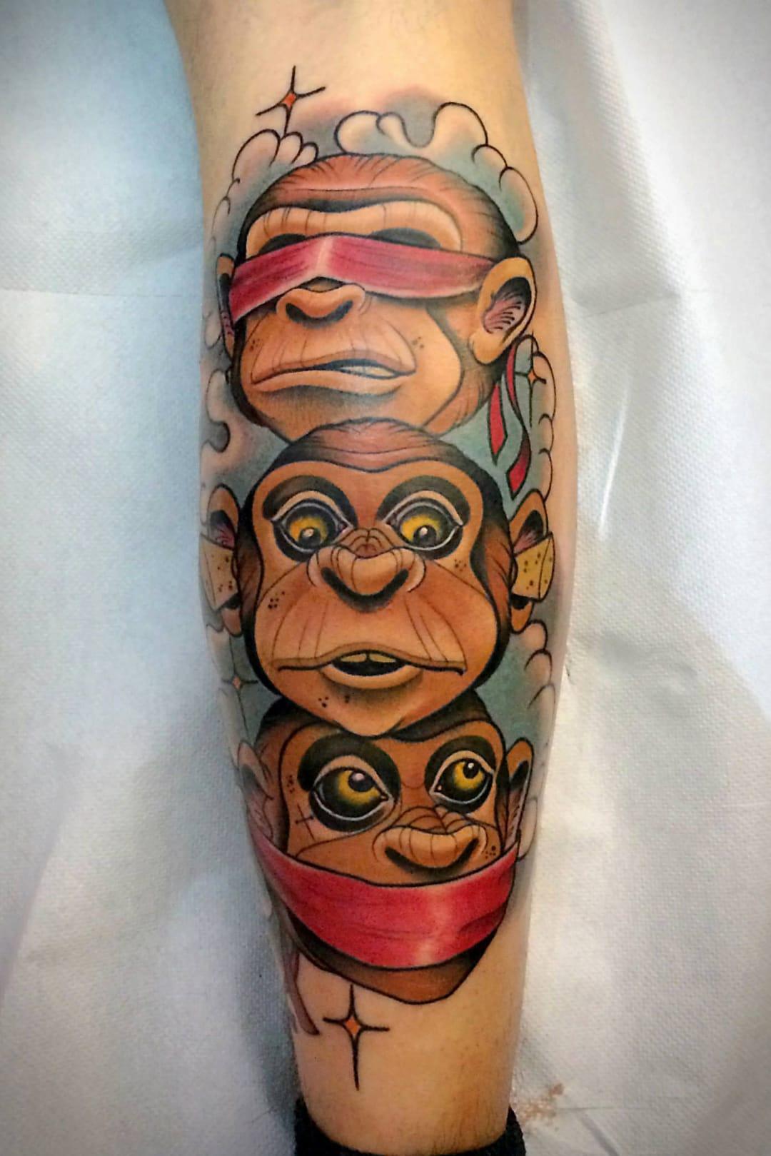Os Três Macacos Sábios #FulvioVaccarone #macacotattoo #monkeytattoo #macaco #monkey #tresmacacossabios #ThreeMonkeys #rolha #stopper