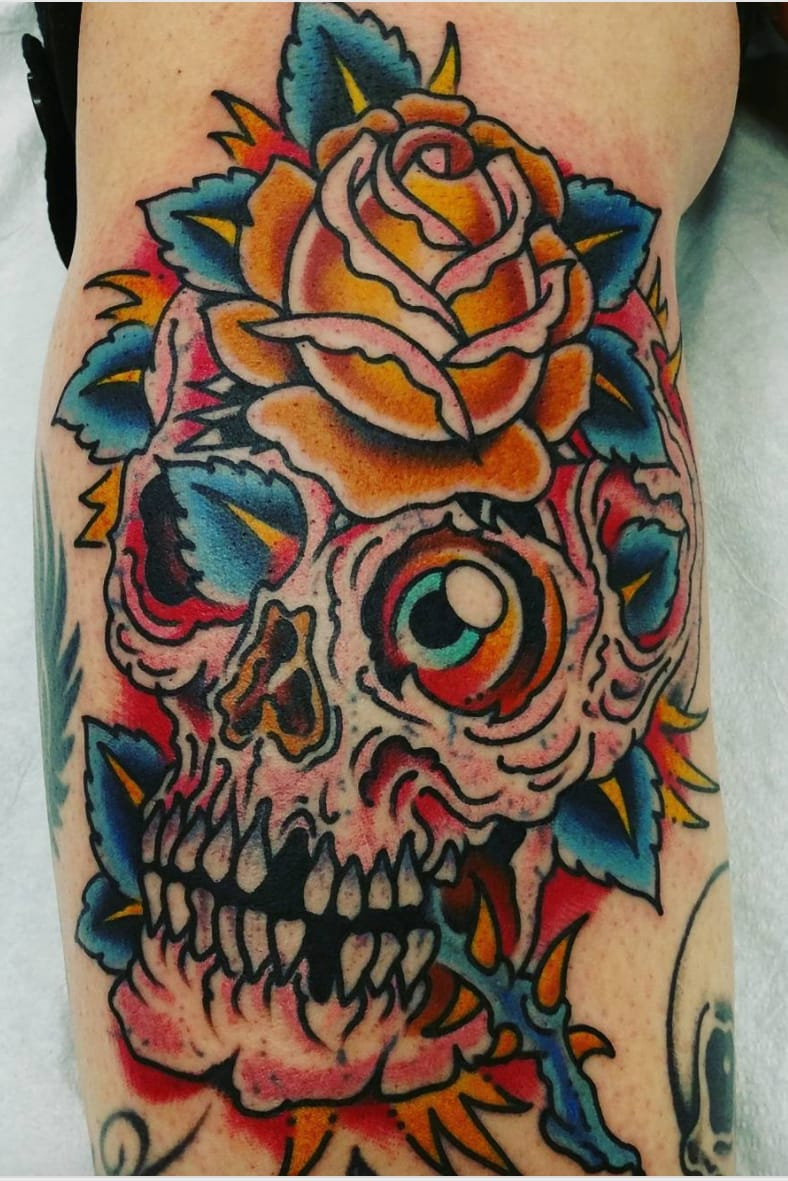 Yellow rose atop a surreal skull by Steve Byrne (IG-@mindyrosier) #SteveByrne #yellowrose #YellowRoseOfTexas #surrealism #texas #texastattoo #skullsandroses